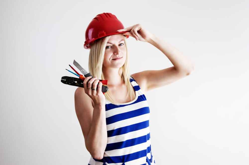 woman-helmet-work-electrician-159453.jpeg